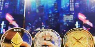 Биткоины в виде монет